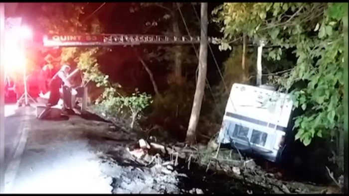 Couple, 4 kids hurt when RV goes down embankment in Bethel
