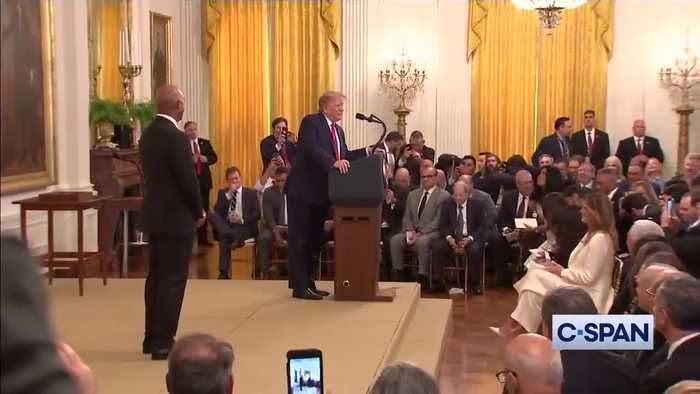 Trump and Yankees' Rivera enter East Room to Metallica song