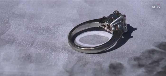 Woman swallows ring during dream