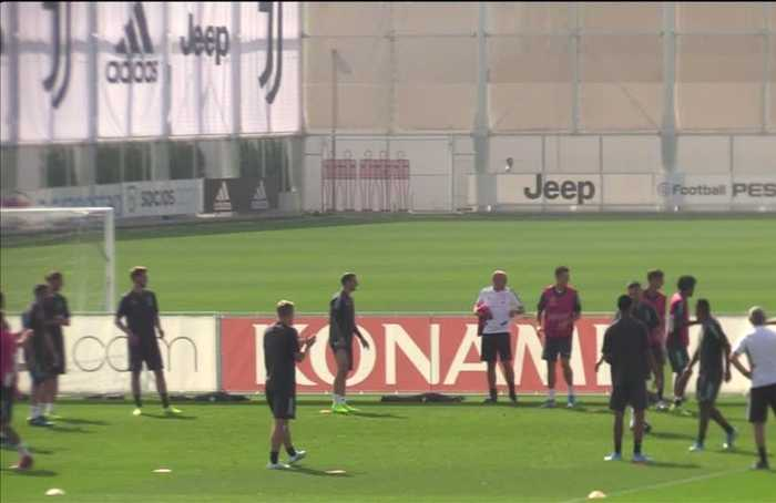 Higuain lashes out in Juve training session