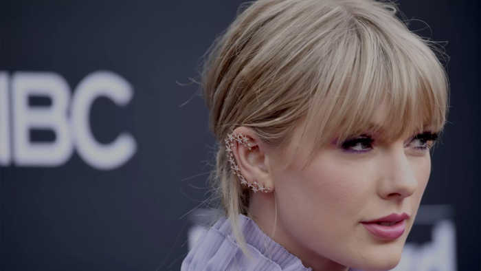Taylor Swift reveals she almost quit music