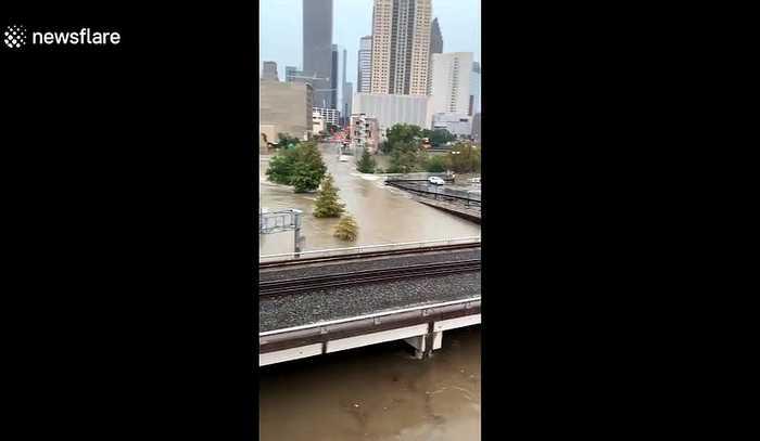 Downtown Houston flooded as Tropical Depression Imelda storms thorugh