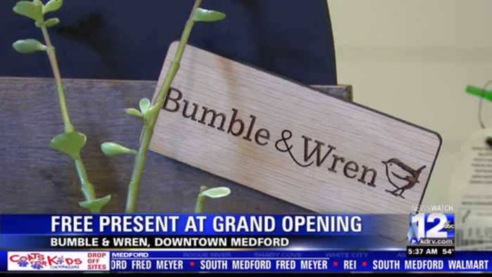 Free presents at Bumble & Wren's grand opening