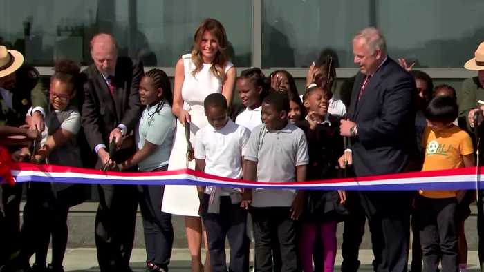 Scissors snafu: Melania's Washington Monument ribbon cutting