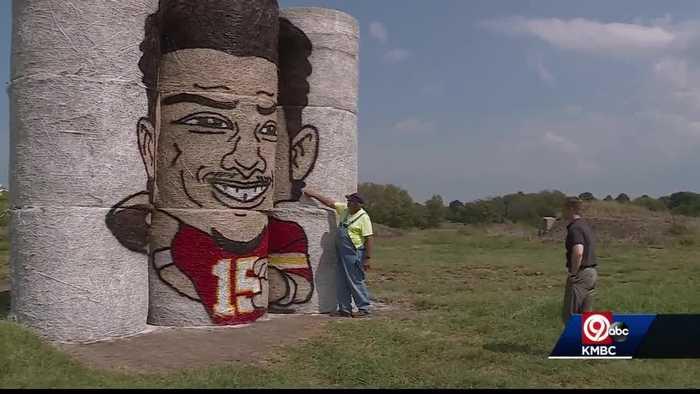 Patrick Mahomes hay bale painting in Kearney goes viral