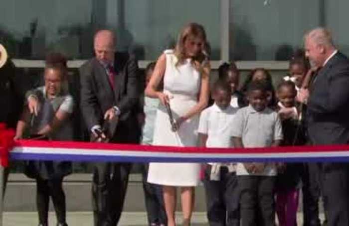 Scissors snafu: Melania's Washington Monument ribbon cutting
