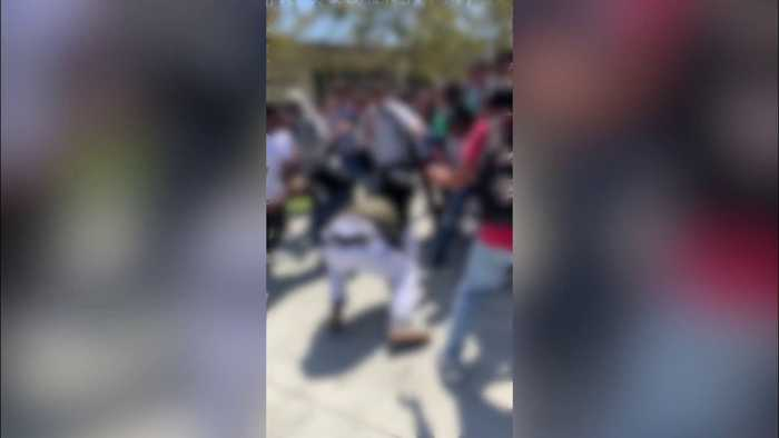 High School Students Pepper-Sprayed by Deputies During Fight Over Nude Photo Posted on Social Media