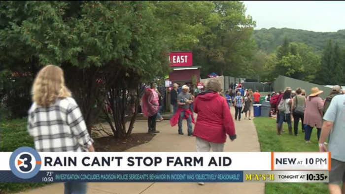Rain can't stop Farm Aid