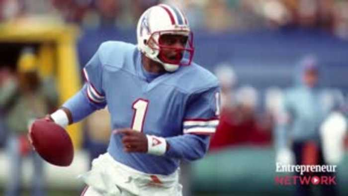 Pro Football Hall of Famer, Warren Moon