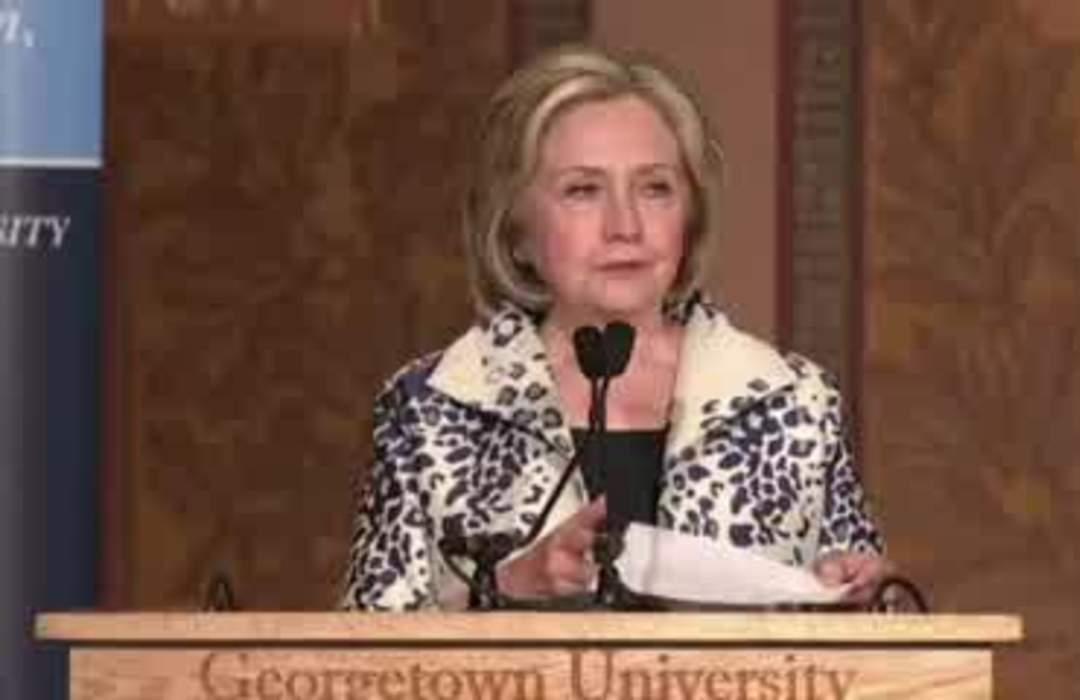Clinton slams Trump for 'cheap extortion racket'