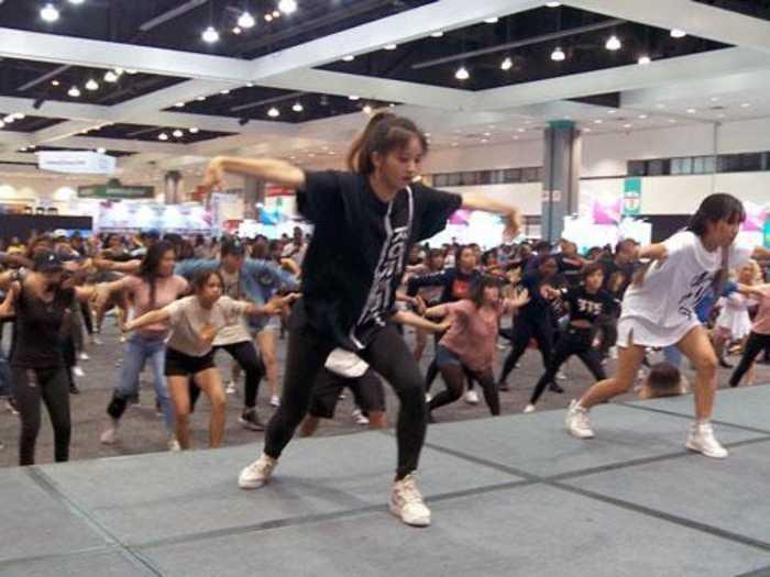 How to Dance Like a K-Pop Star