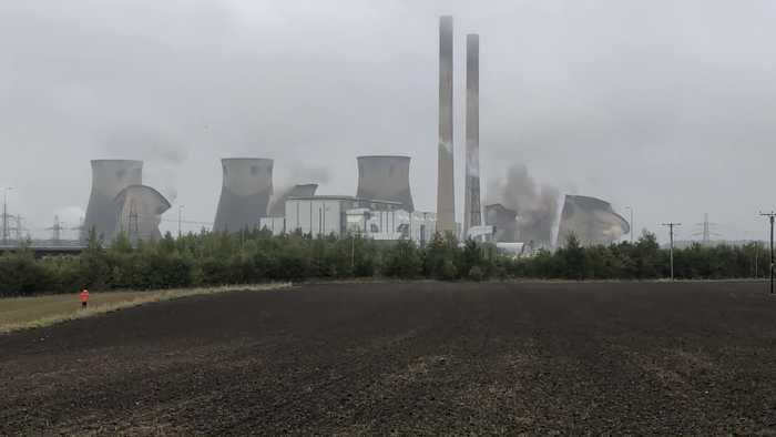 Ferrybridge cooling towers demolished
