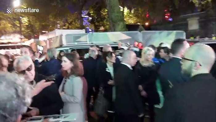 Robert De Niro, Harvey Keitel and Al Pacino sign autographs for fans after screening of 'The Irishman' in London