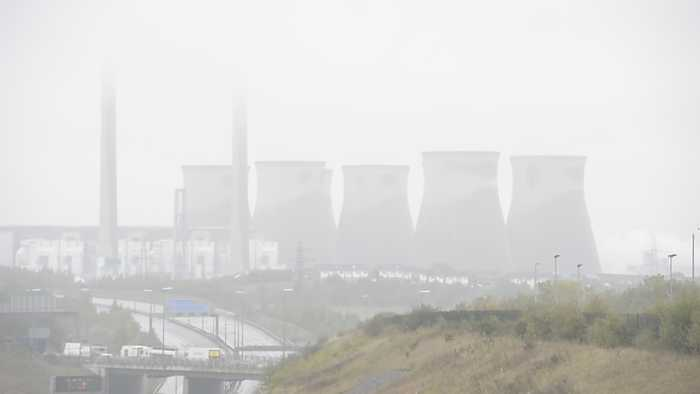 Demolition of four cooling towers at a record-breaking power station