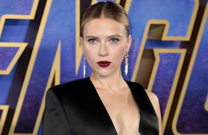 Scarlett Johansson's 'pushing' for all-female Marvel movie