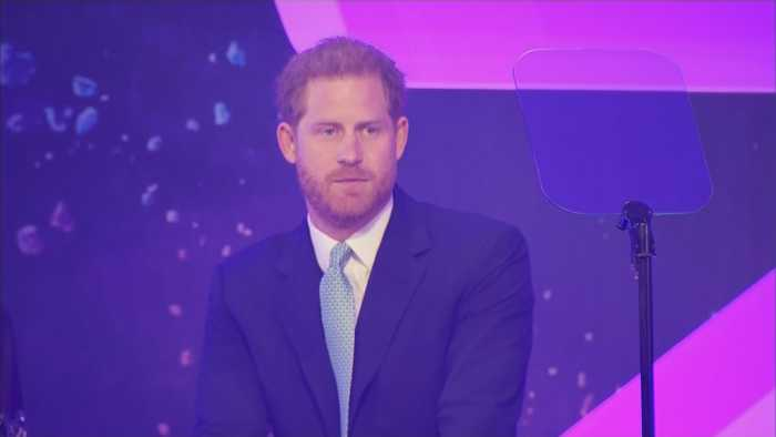 Prince Harry Cries At WellChild Awards