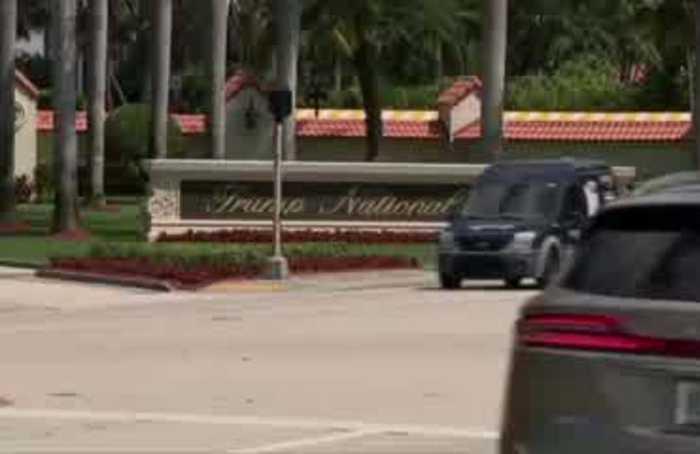 Trump drops plan to host G7 meeting at his Florida resort