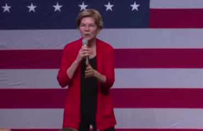 Warren takes swipe at Mark Zuckerberg over political ads