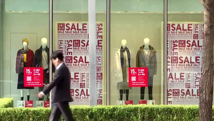 Uniqlo ad sparks protests and parody in S. Korea