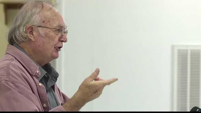 Henrietta's Board of Aldermen vote to impeach mayor