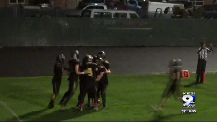 Philomath High School football player, with special needs, scores touchdown