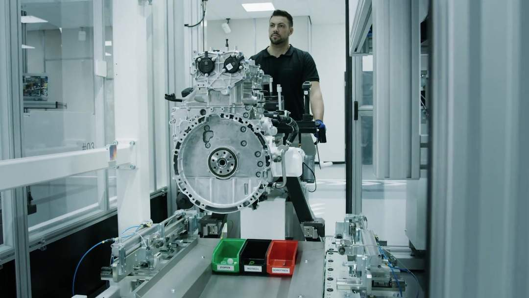 Mercedes-AMG hand-built engine production facility is 2019 'Factory of the year'