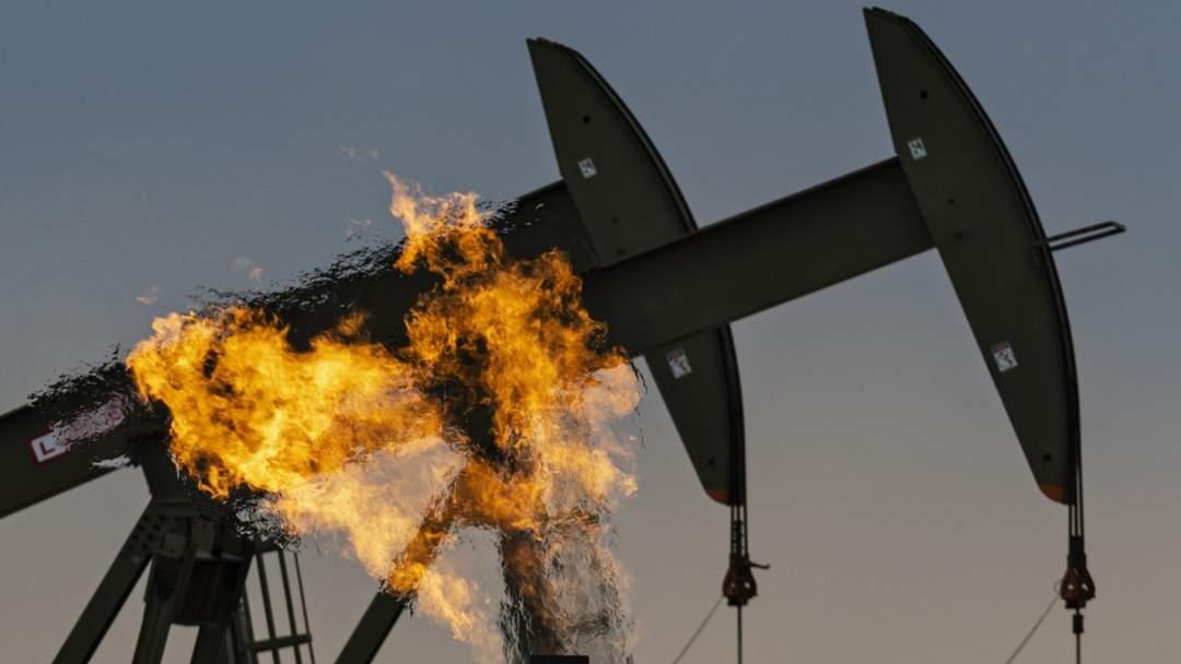 Leak In Keystone Pipeline Dumps Thousands Of Gallons Of Oil Into Wetlands