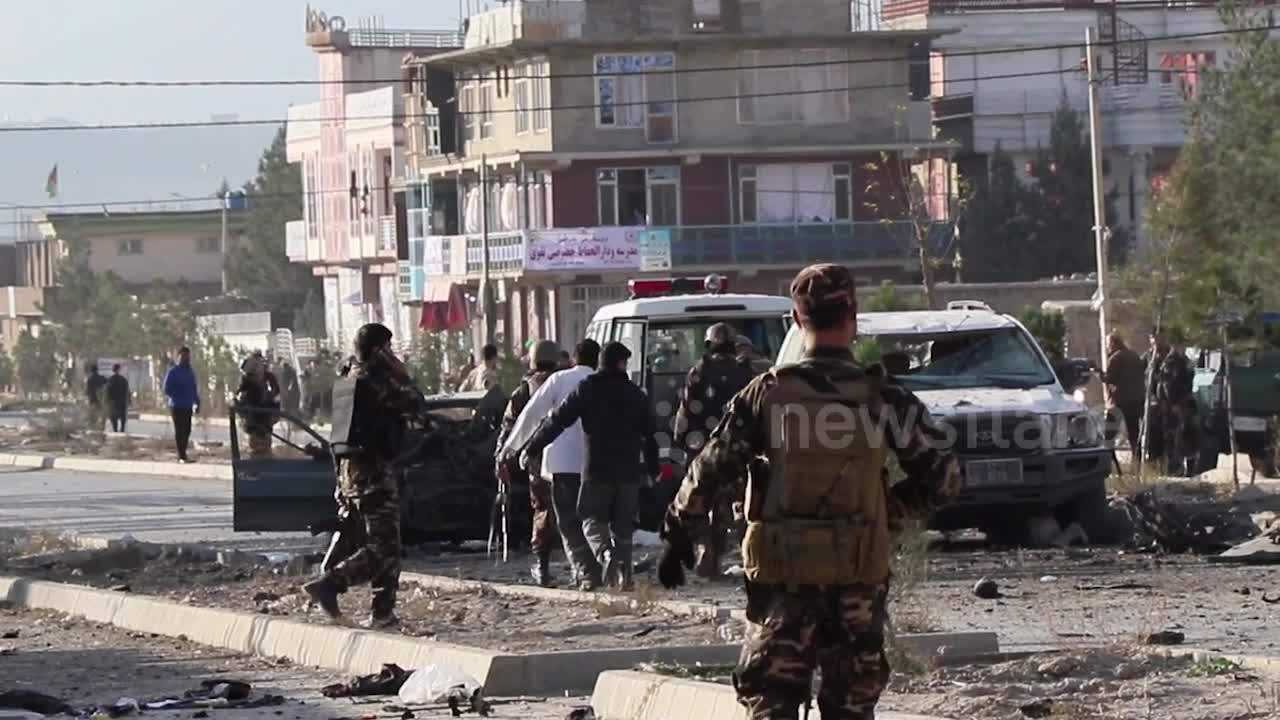 Kabul car bomb targets Afghan interior ministry killing seven