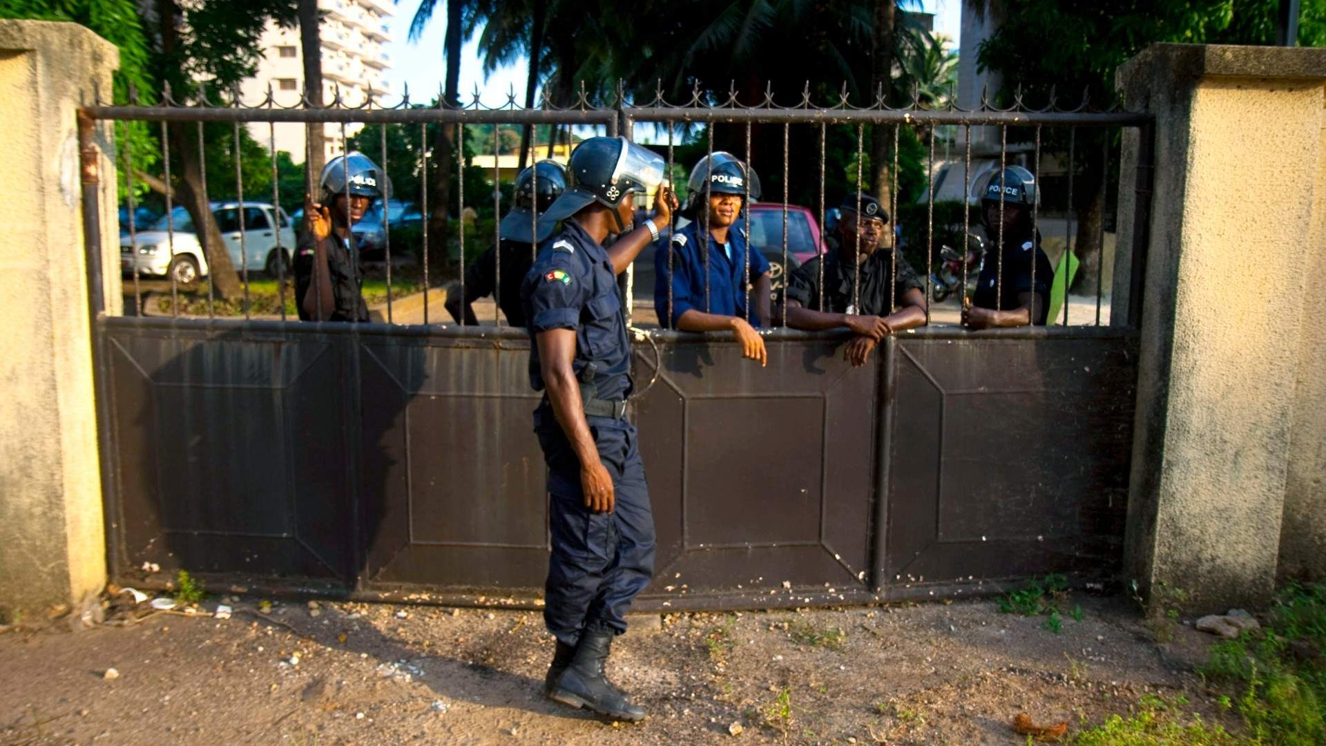 Guinea temporarily frees jailed opposition leaders