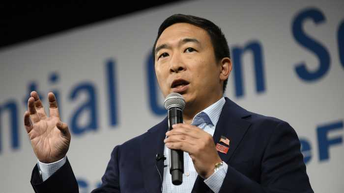 Andrew Yang's Campaign Contacts FBI Over Death Threats