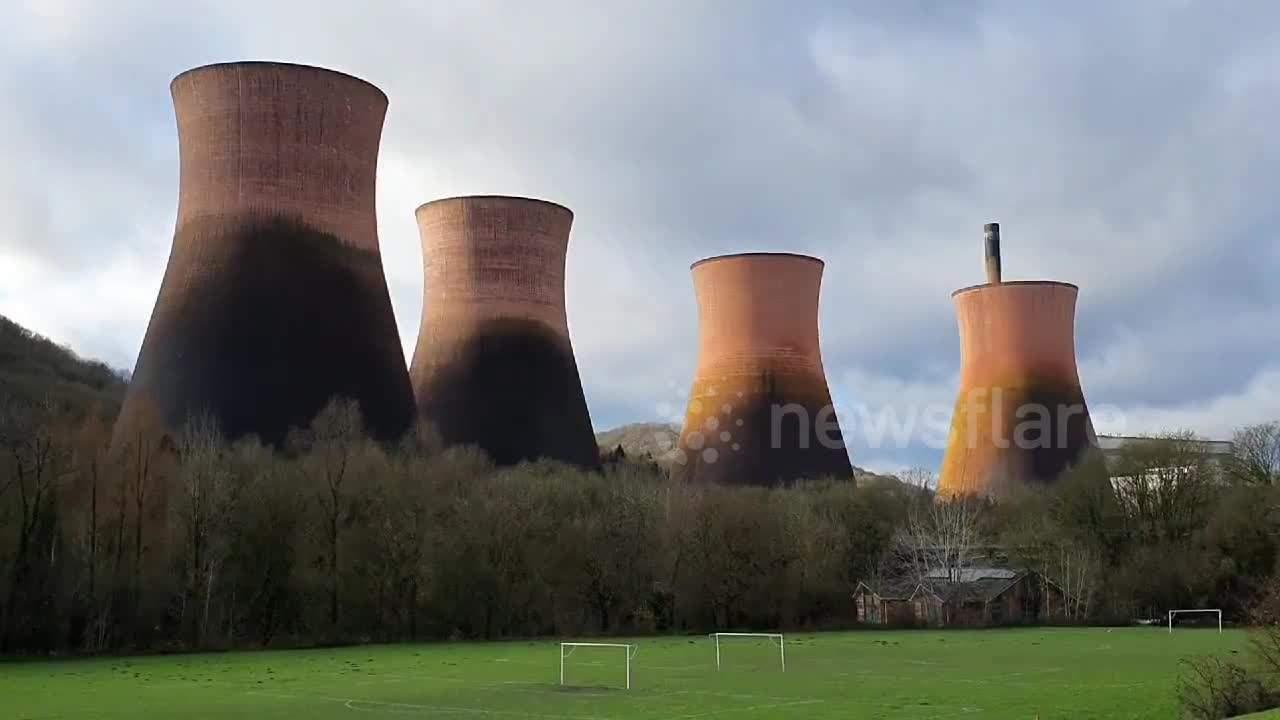 Kaboom! Huge cooling towers demolished in UK
