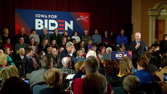Former VP Joe Biden, former Secretary of State John Kerry campaign in Iowa