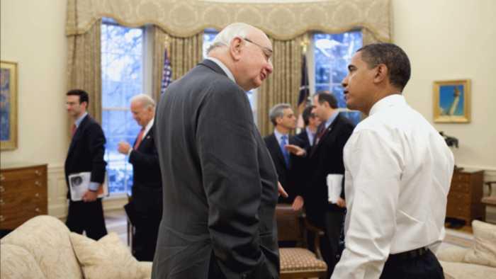 Former Fed Chair Paul Volcker Dies At 92