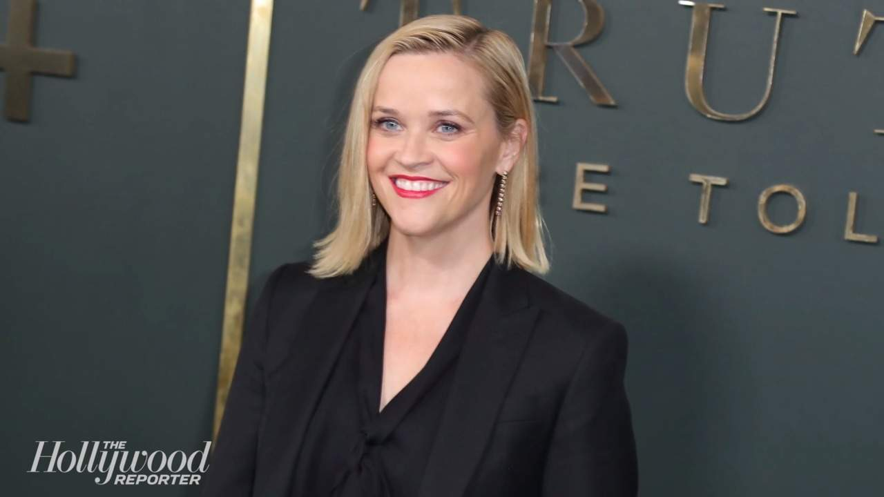 Reese Witherspoon Talks Developing 'Legally Blonde' Revival | THR News