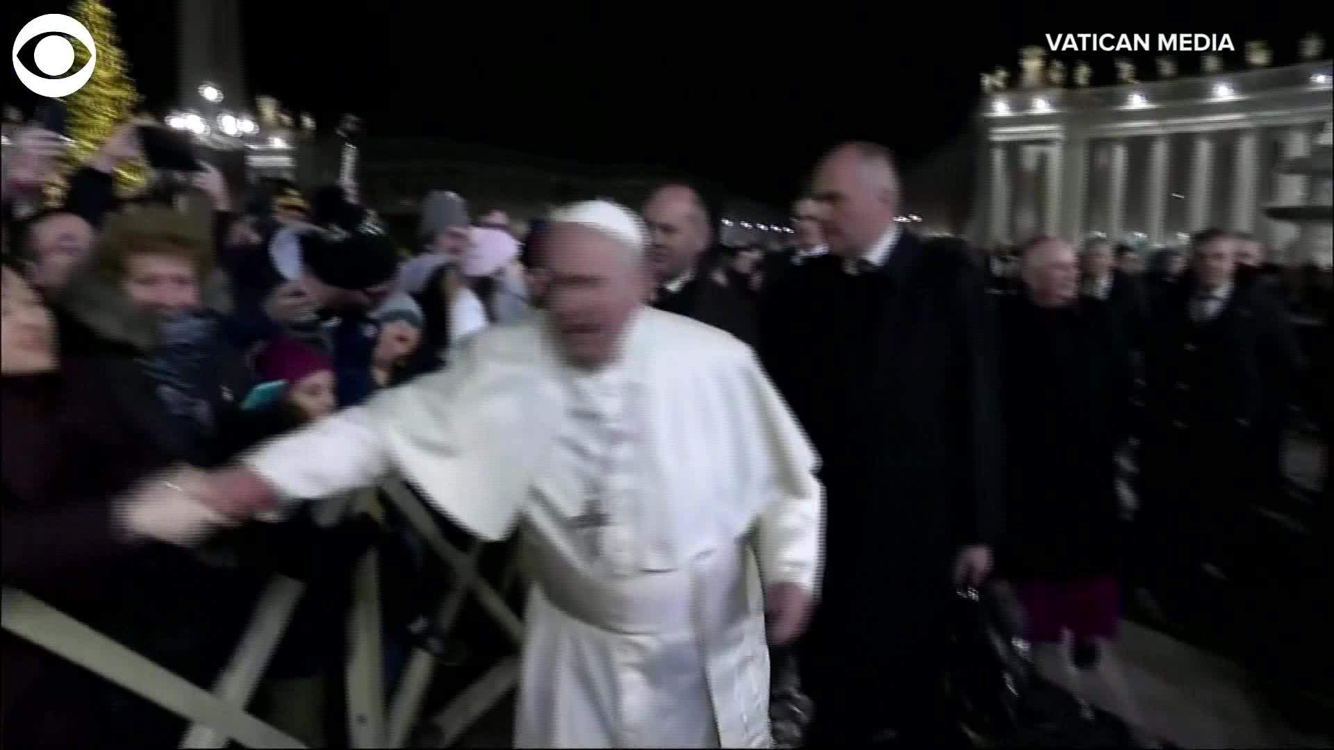 WEB EXTRA: Pope Pulls Away From Woman Who Grabbed And Pulled His Hand