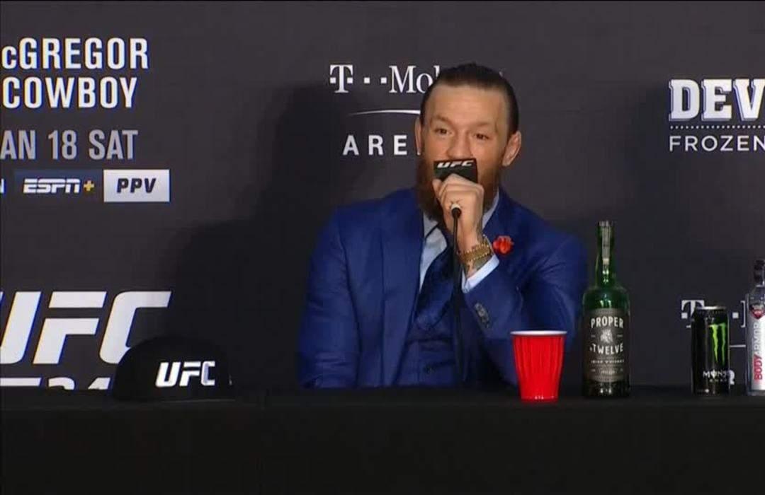 McGregor makes fast work of Cerrone on UFC return
