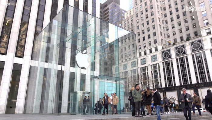 Apple Can Meet Earnings Expectations, But Here Are the Risks