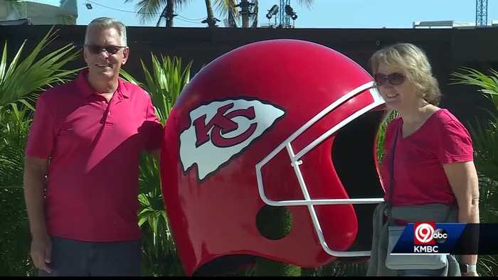 Fans at Super Bowl Live ready to cheer on the Kansas City Chiefs