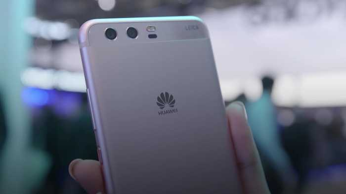 Boris Johnson paves the way for limited Huawei access to 5G network