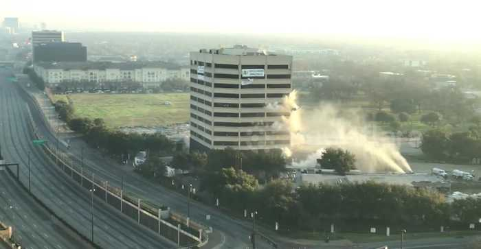 'Leaning tower of Dallas': Demolition fail leaves most of building core intact