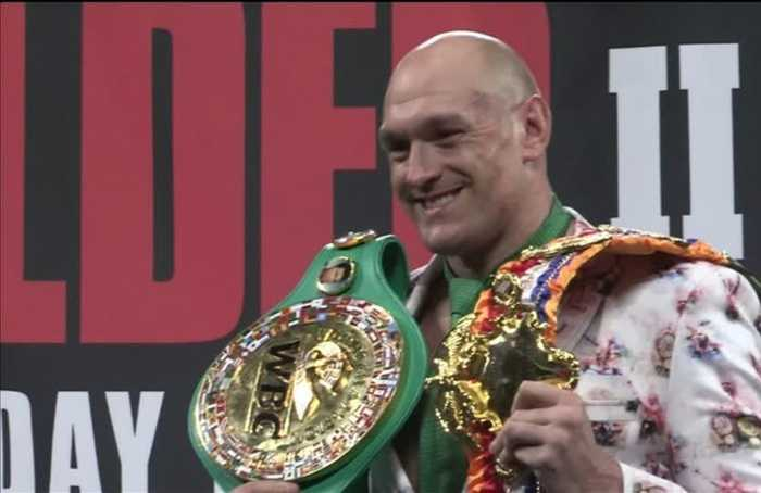 'Not bad for an old fat guy who can't punch!' says Fury after defeating Wilder