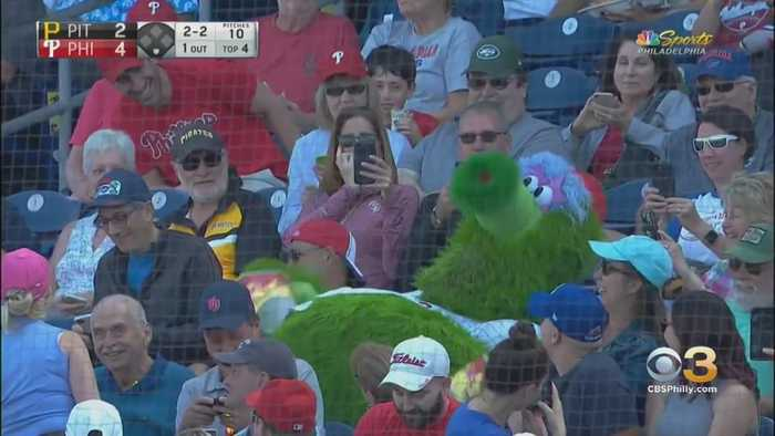 Phillies Fans Have Mixed Reactions To New-Look Phanatic