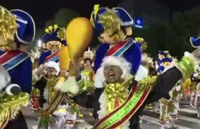Rio shimmers for samba extravaganza at carnival