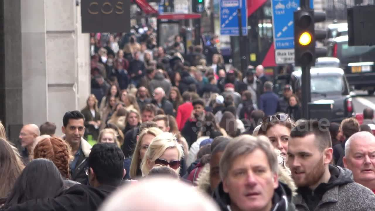 Central London remains busy despite WHO 'social distancing' advice