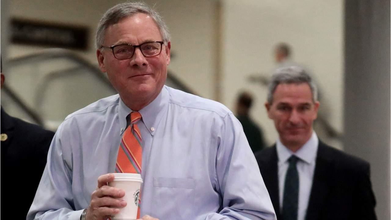 Republican Senators Defend Selling Stocks During Coronavirus Outbreak
