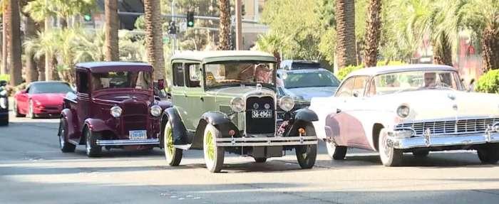 Car enthusiasts participate in 'Quarantine Cruise' down the Las Vegas Strip