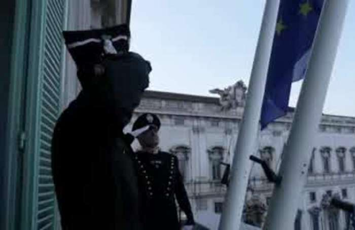 Italian mayors draw flags to half mast to honour victims