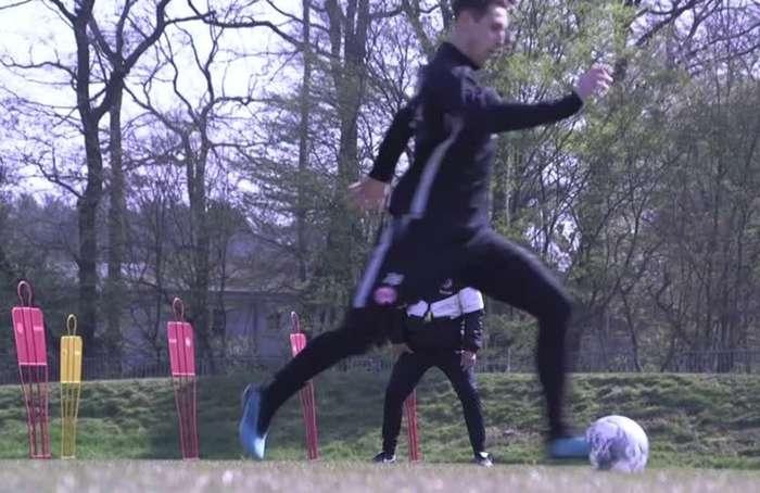 Eintracht Frankfurt hit the training pitch with coronavirus restrictions