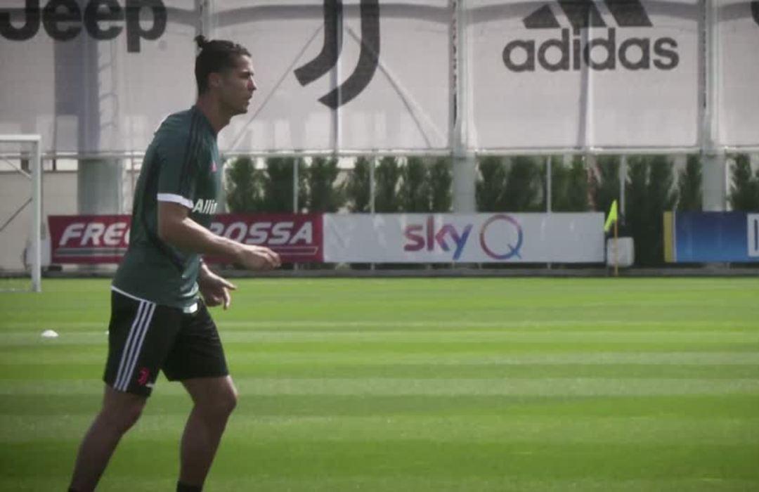 Ronaldo returns to Juventus training after two months