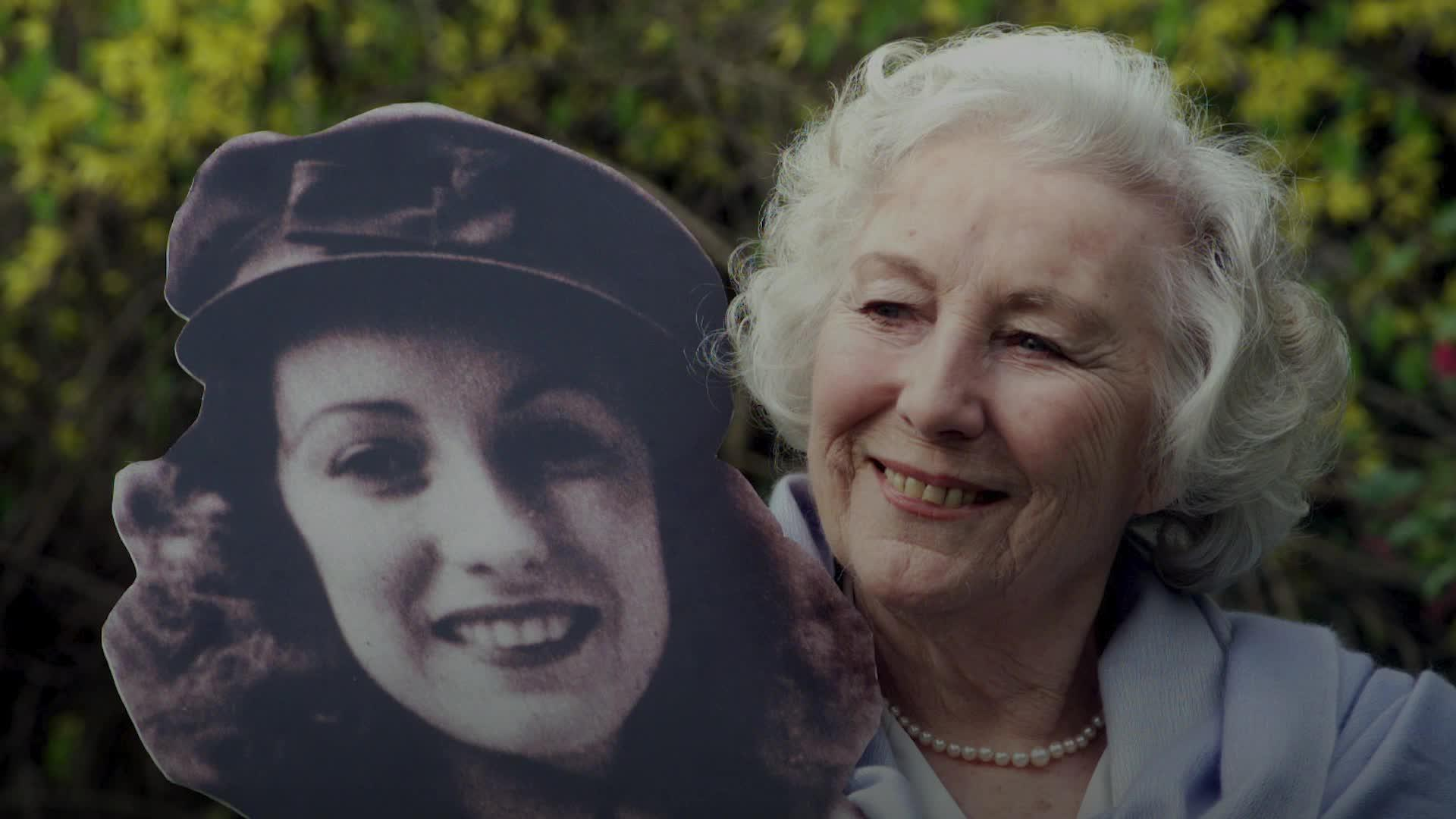 Tributes flood in for Dame Vera Lynn